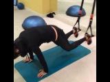 Повторить за звездой: тренировки от Тины Канделаки. Комплекс упражнений для ног и ягодиц. Часть 2.